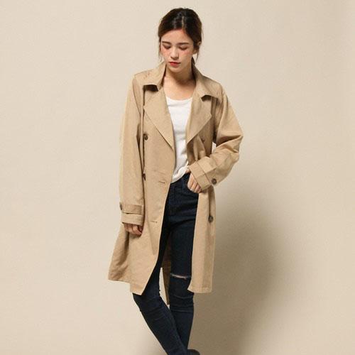 一着は持って秋冬に着まわしたい!トレンチコートでコーディネートをおしゃれに♡